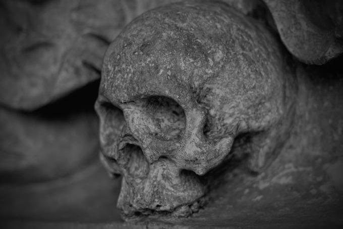 skull-and-crossbones-77949